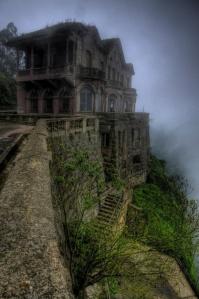El Hotel del Salto in Colombia - PixelClouds.com